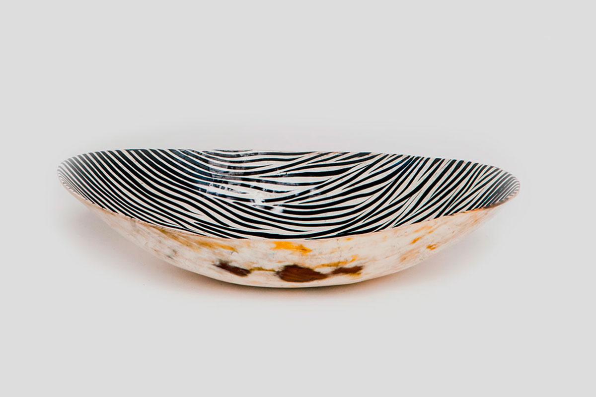 zebra.bowl
